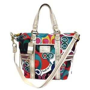 Coach 13830 Signature Poppy Spotlight Shoulder Bag
